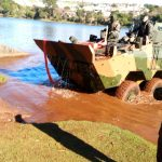 Exército-realiza-treinamento-com-blindados-no-lago-do-Jaboti-em-Apucarana-06